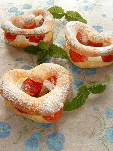 Strawberry Heart Creme Puffs