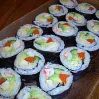 Japanese-Western Fusion Fat California Rolls with Kombu Seaweed