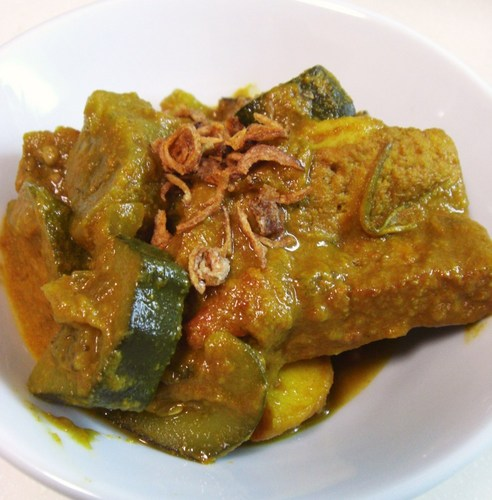Authentic Malaysian Style Vegetable Curry