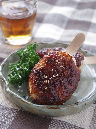 Easy On a Grill! Gohei Mochi (Grilled Rice Cake with Sweet Miso Sauce)