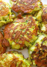 Easy Turkish Cooking! Zucchini & Cheese Fritters