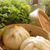 Nikuman (Meat-Filled Steamed Buns) at Home