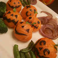 Halloween-Themed Temari Sushi