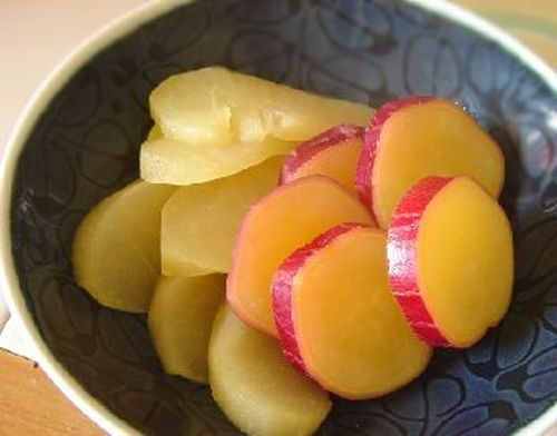 Easy Snack in a Pot Simmered Sweet Potato and Apple