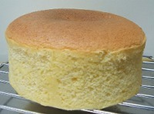 How to Make the Perfect Sponge Cake with Step-by-Step Photos
