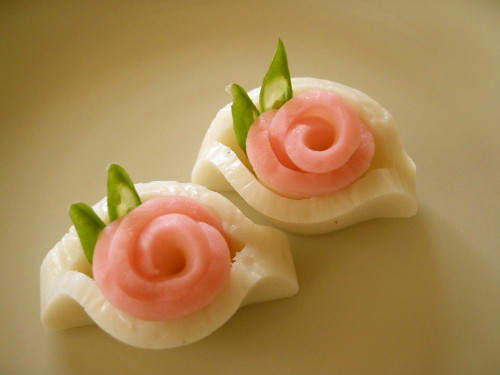 Kamaboko Roses for a New Year's Bento