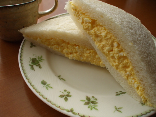 Baker's Rich Egg Sandwich