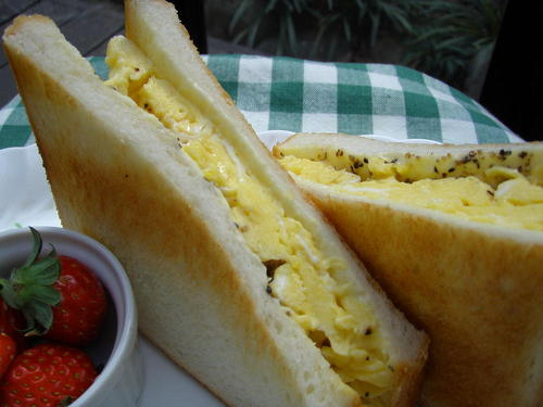 Sweet and Fluffy! Egg Toast Sandwich