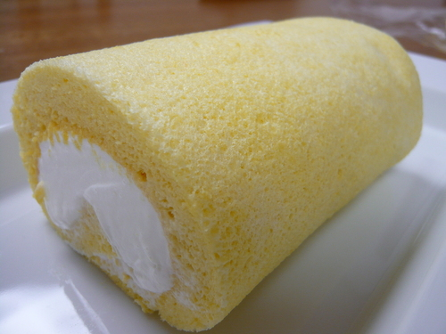 Fluffy Moist Swiss Roll