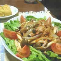 5 Minute Tuna & Shimeji Mushroom Ketchup Stir-fry