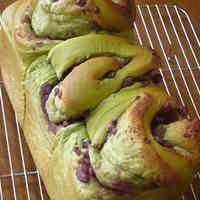 Ogura (Japanese Adzuki Bean Paste) and Green Tea Bread