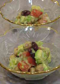 Oil-free Avocado and Bean Salad
