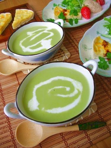 Green Peas and Sweet Onion Potage Soup