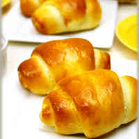 Light Basic Butter Rolls
