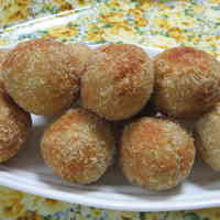 Falafel (Israeli Deep-fried Chickpea Balls)