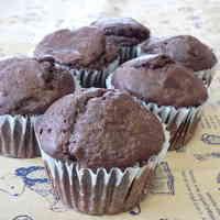 Oil- and Egg-free Tofu Cocoa Muffins