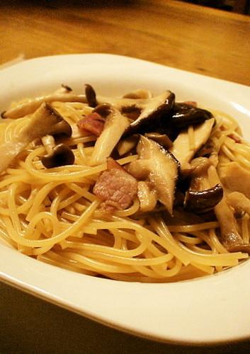 A Family Favorite! Mushroom Pasta