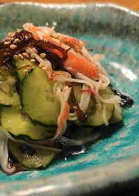 Mozuku Seaweed and Imitation Crab Sticks in Vinegar