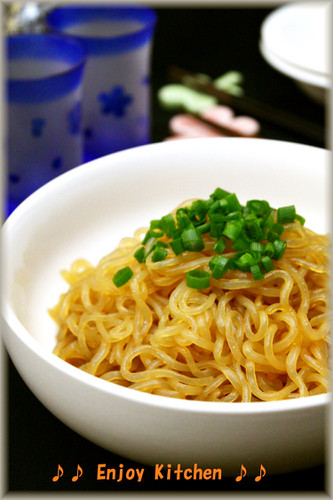 Stir-Fried Shirataki Noodles with Soy Sauce and Butter