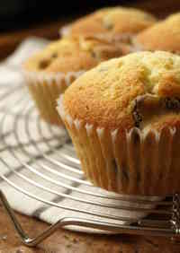 Fluffy Chocolate Chip Muffins