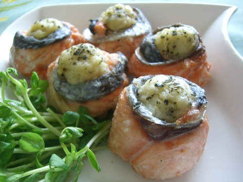 Salmon Basil Potato Rolls