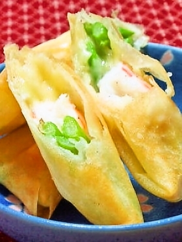 Easy Shrimp and Asparagus Salad Spring Rolls