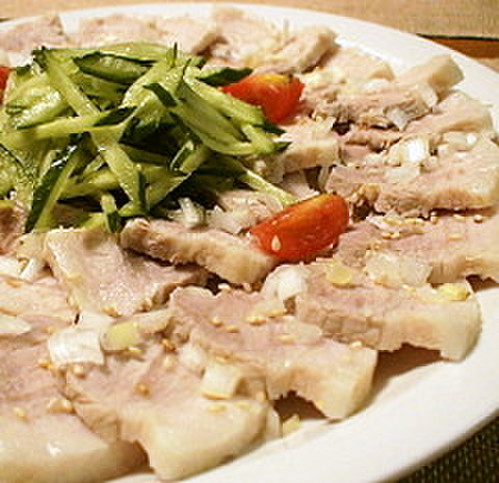 Tender Boiled Pork with Korean Dressing