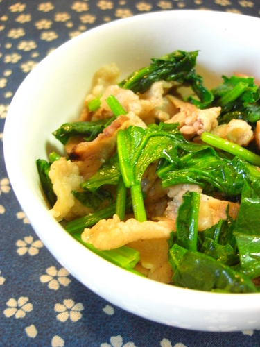 Stir-Fried Pork and Spinach