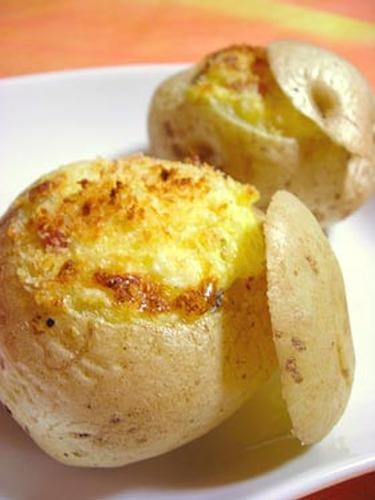 Whole Potatoes Baked with Mayonnaise
