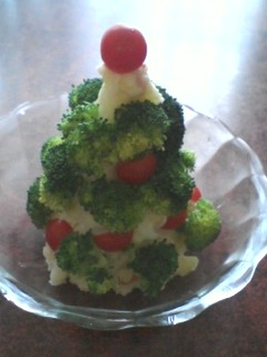 A Potato Salad Christmas Tree