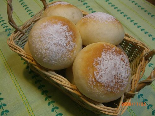 Fluffy Soy Bread Rolls with Rice Flour