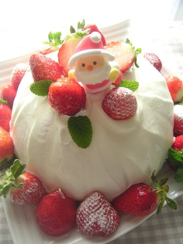 Strawberry Hill Christmas Cake