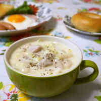 Simple Chinese Cabbage & Chicken Thigh Simmered in Cream Sauce