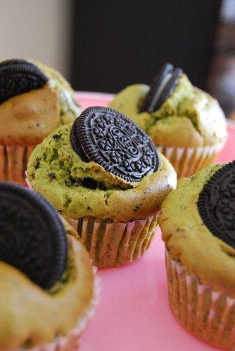 Matcha Oreo Muffins