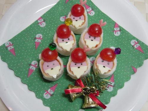 Santa Claus Sandwich Rolls