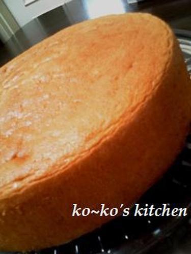 Soft and Fluffy Sponge Cake