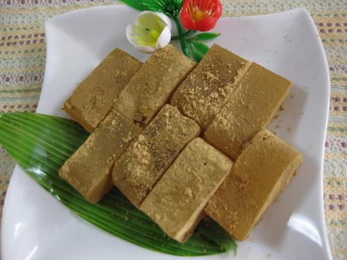 Jiggly Warabi Mochi Made with Gelatin