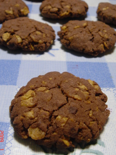 Chocolate Cookies Crispy with Cornflakes