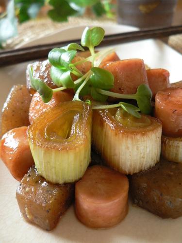 Fish Sausage and Leek with Konnyaku