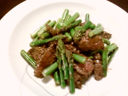 Chinese Style Stir-Fried Beef and Asparagus
