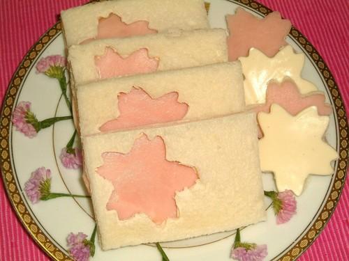 Cherry Blossom Viewing Sakura Sandwiches