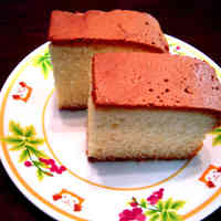 Castella Made in a Newspaper Mold