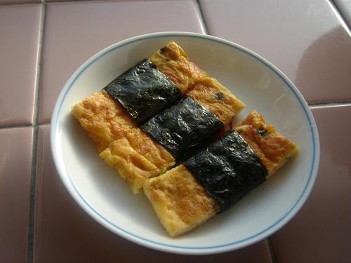 Calcium-Rich Tamagoyaki (Rolled Omelette)