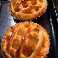 Apple Pie (with Cream Cheese Custard)