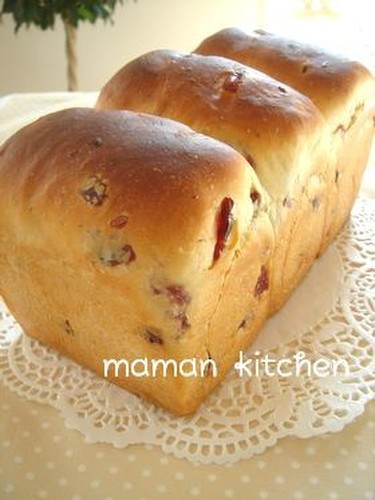 Fluffy Honey Cranberry Bread