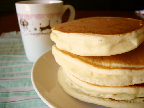 Super Easy Egg-free Pancakes