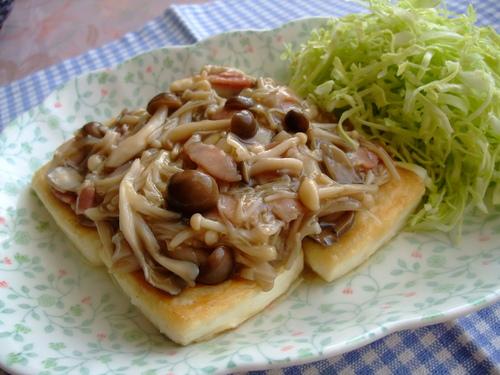Sautéed Tofu with Lots of Mushrooms