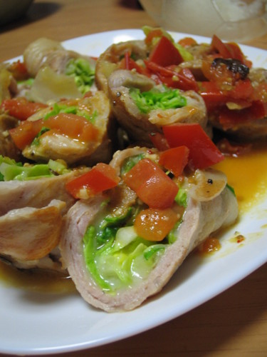 Spring Cabbage and Juicy Pork Thigh Rolls