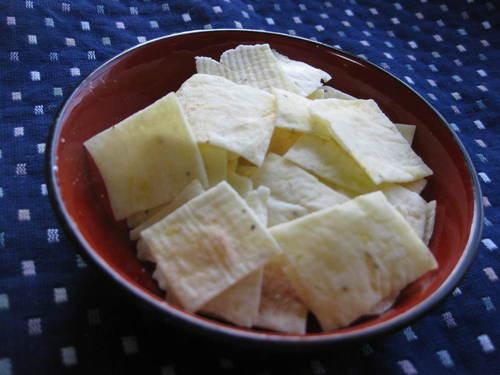 Potato Crackers Made with Joushinko Rice Flour