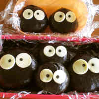 Makkuro Kurosuke (Soot Sprites) Onigiri For Your Family Charaben